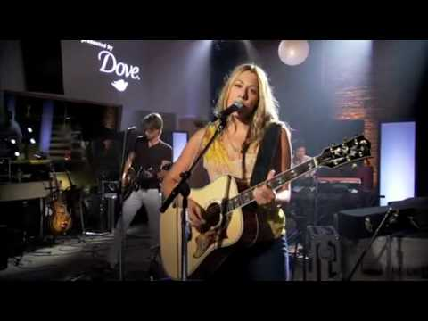 Colbie Caillat - Fallin' For You - Live Walmart Soundcheck