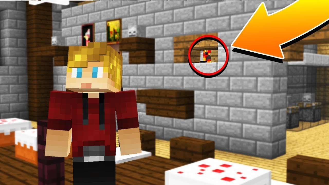 WORLDS BEST HIDING SPOT! | YOUTUBER HIDE N' SEEK - Minecraft Mods