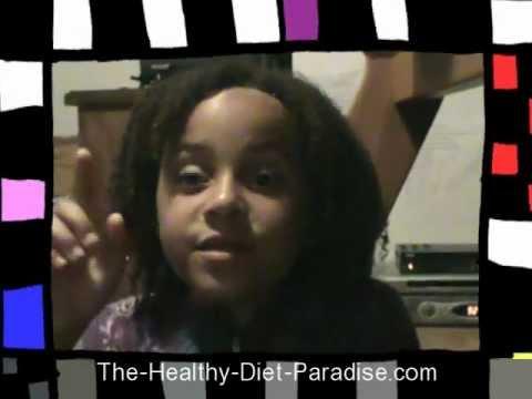 A Healthy Kids Diet  Prevents Obesity:  Sophia Loves Healthy Food!