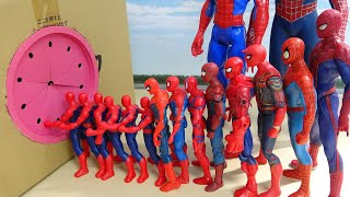 Various Spiderman go into Box in a row スパイダースすぽすぽ動画
