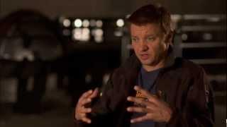 """Jeremy Renner Talks """"Hawkeye"""" In 'The Avengers"""""""