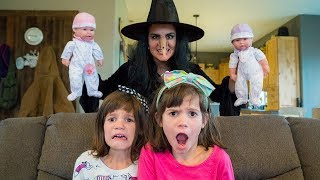Wicked Witch STEALS THE BABIES from Twins Kate & Lilly - Saved by the Snow Queen   Magic Play Time!
