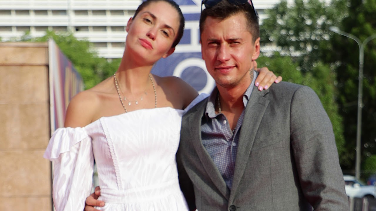 Как так? Агата Муцениеце не исключила варианта снова выйти замуж за Павла Прилучного