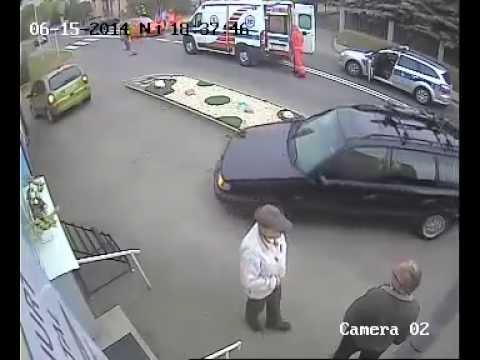 Wypadek W Rzeszowie Na Ul. Dębickiej - Zderzenie Skutera Z Autem Osobowym