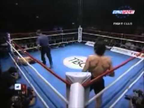 Kick Boks Dünya Şampiyonu Samuray Lakaplı