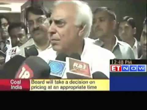 Govt has nothing to do with Sunil Mittal's summon : Kapil Sibal
