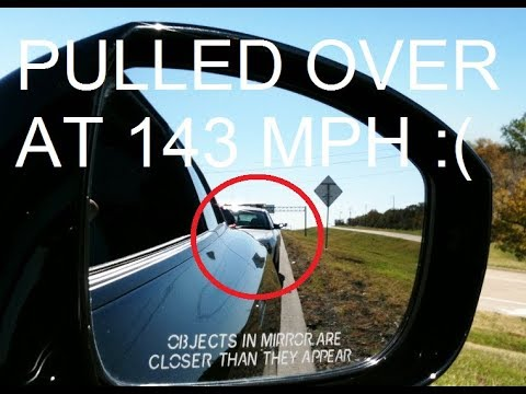 Cops pull over Nissan GTR at 140 mph+ HD