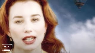 Клип Tori Amos - Caught A Lite Sneeze