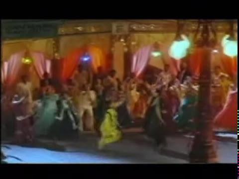 la familia hindu indu (Kabhi Khushi Kabhie Gham)