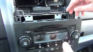 GTA Car Kits - Honda CR-V 2007-2011 install of iPhone, iPod and AUX adapter for factory stereo