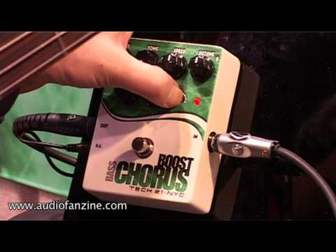 Tech 21 Bass Boost Chorus & VTBass 1669 Video Demo [NAMM 2011]