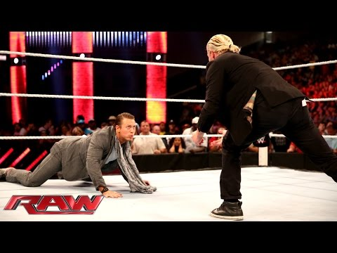 """Dolph Ziggler """"leaks"""" embarrassing photos from The Miz's phone: Raw, Sept. 8, 2014"""