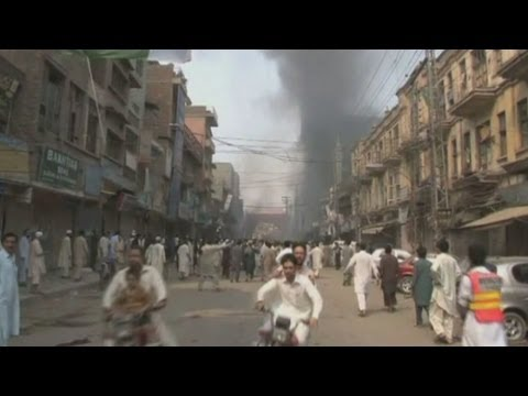 Graphic Images: Aftermath Of Pakistan Bomb Blast video