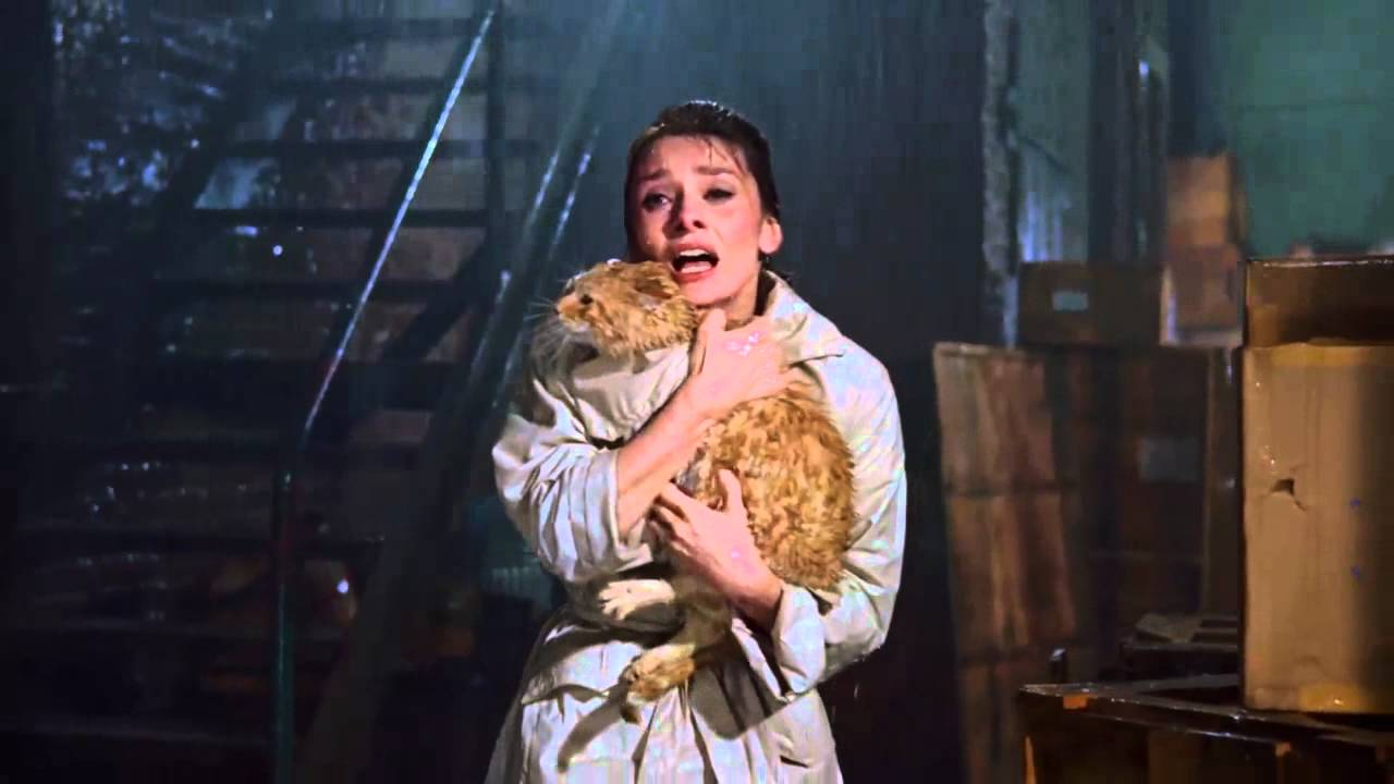 """breackfast at tiffanys""--huging cat by Audrey Hepburn(HD ..."