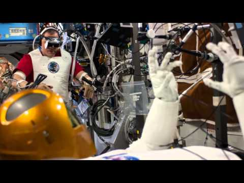 NASA made a Robonaut looks like a cross between C-3PO & Michelin Man; A great invention of 2014