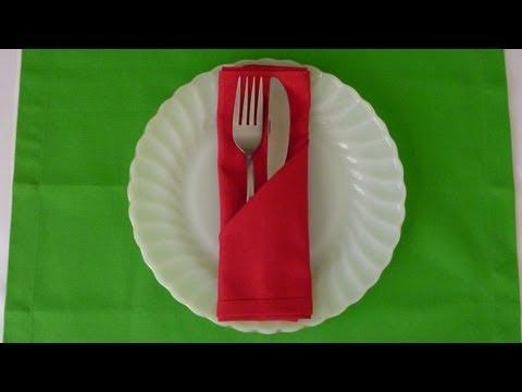 Hur man viker en enkel ficka av en servett