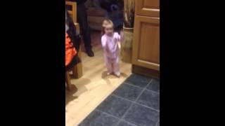 Baby dancing to Nathan carter