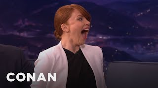 Bryce Dallas Howard Demos Her