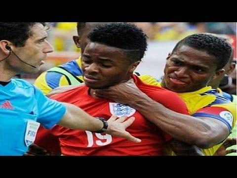 Briga entre Valencia e Sterling - Antonio Valencia vs Raheem Sterling - Ecuador 2 - 2 England