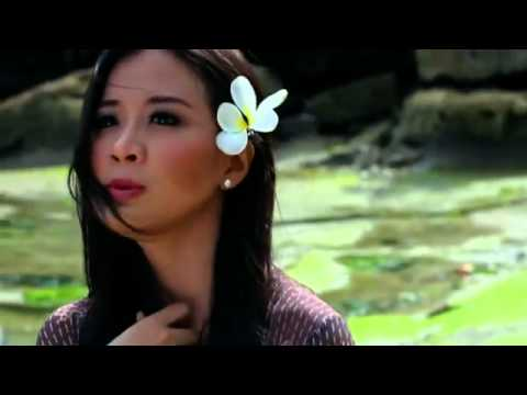 Tim Hwang Feat Astrid - Saranghapnida Mv video
