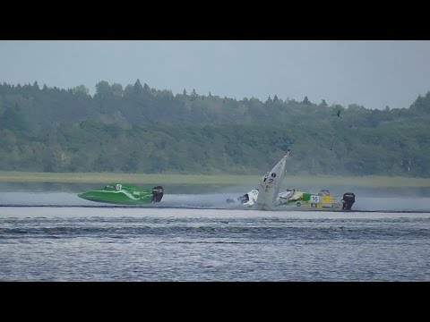 Accident @ World F-4S Powerboat race Aluksne lake 2014