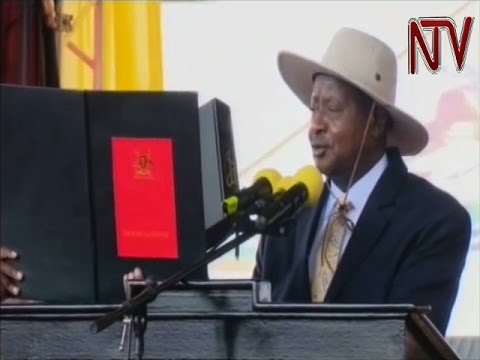 Museveni swears in as President of Uganda for a new (6th) term