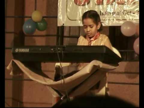 Dil Hai Chota Sa...Choti Si Aasha ...song on Keyboard by Baby...