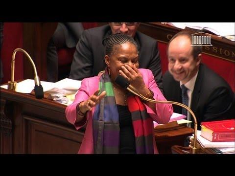 Mariage homo: fou rire de Christiane Taubira à l'Assemblée