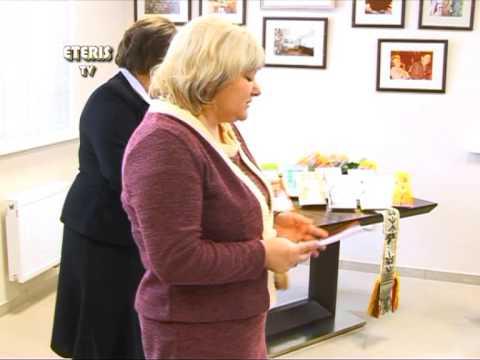 """ETERIS TV 2012.12.11 Prienuose išleista 11-oji mokinių kūrybos knyga """"Prienų krašto vyturiai"""""""