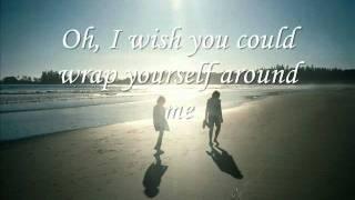 Watch Cyndi Lauper Waters Edge video