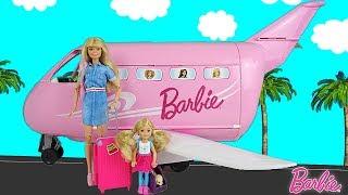 Barbie & Chelsea Airplane Travel | Barbie et Chelsea Voyage en Avion pour la première fois!