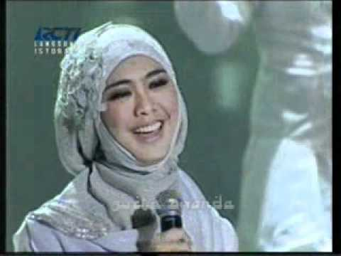 Oki Setiana Dewi & Shindy Hijab I'm In Love Video Klip