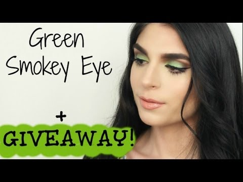 Green Smokey Eye + GIVEAWAY!