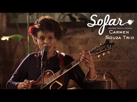 Carmen Souza Trio - Escuta Moçambique | Sofar London