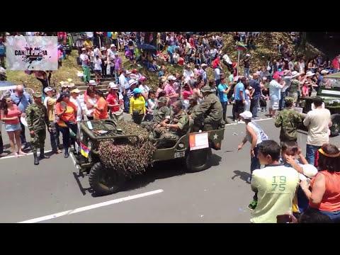 DESFILE DE AUTOS CLASICOS Y ANTIGUOS, FERIA DE LAS FLORES 2014