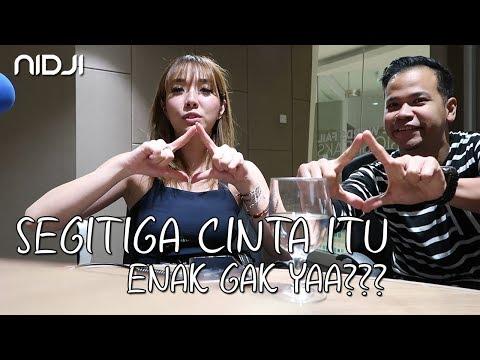 Download Reaksi Gisel Dengerin Segitiga Cinta-nya NIDJI Mp4 baru