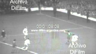 DiFilm - Liverpool vs Leeds United - English Division One Old 1973