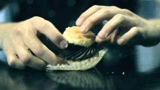 La meilleure fa�on de manger un Cupcake