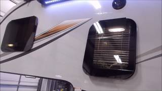 2017 Palomino HS 2902 Truck Camper