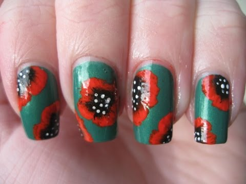 Nail art: Poppies