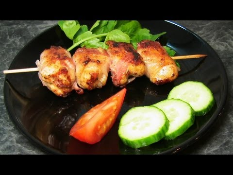 Рецепт: Шашлык из куриной грудки с беконом