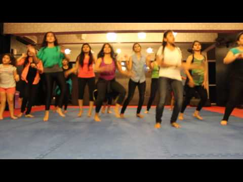 Yo Yo Honey Singh- Zumba Choreo On High Heels Song By Ritu's Dance Studio, Surat. video