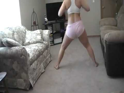 Sexy Twerkin To Buss It Wide Open video