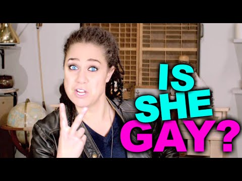 HOW TO TELL IF A GIRL IS GAY
