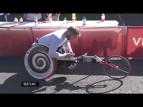 Wheelchair crash in London Marathon