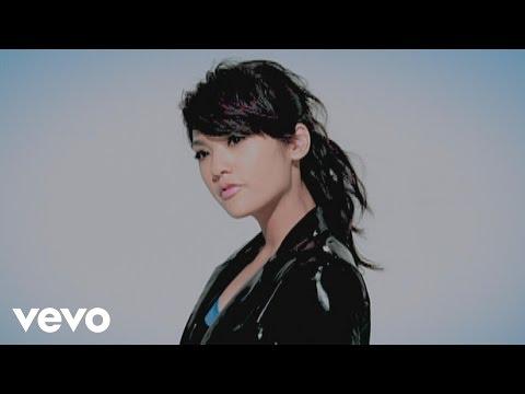 Download  楊丞琳 Rainie Yang - 我的愛吊點滴 Gratis, download lagu terbaru