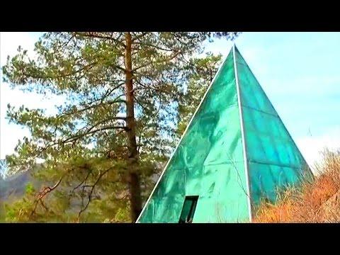 Пирамида золотого сечения на Алтае