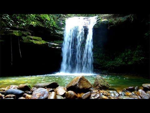 Clique e veja o vídeo Ecoturismo -  Cachoeiras