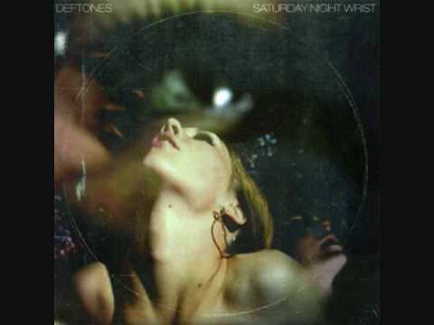 Deftones - The Earth