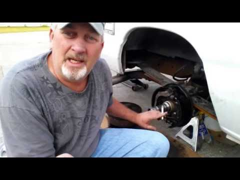 How To Replace Axle Seal In Dana 60 And 70 Axle Howie Roll Style !!!